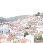 Vistas del pueblo de  Mira desde Rural Castrón